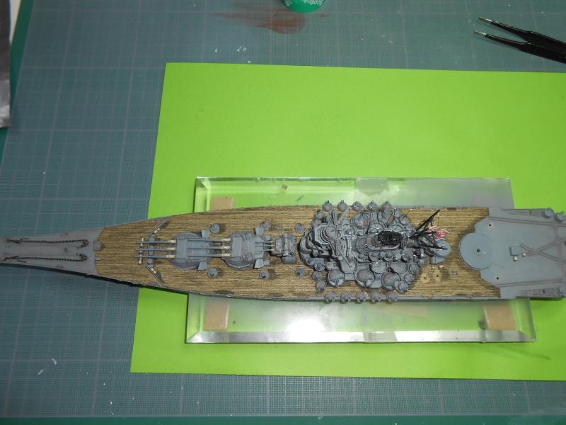 Yamato 1/700 fuji, PE,Pont en bois et babioles - Page 4 123180DSCN6170