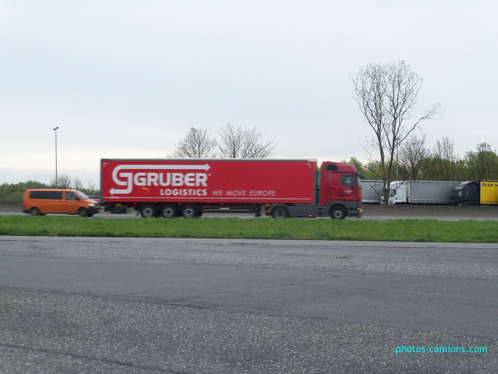 Gruber Logistics (Padova) 126079photoscamions28Avril201213Copier