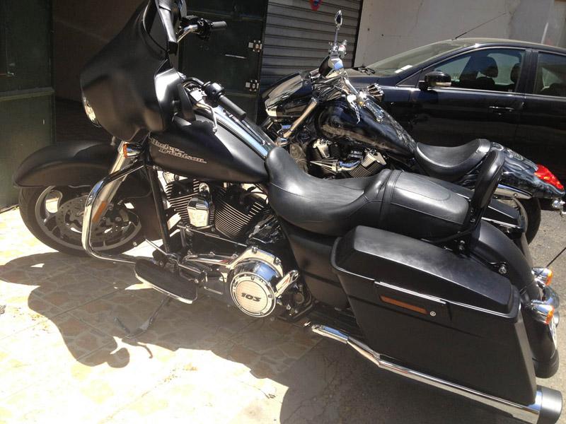 combien de STREET GLIDE  sur le forum Passion-Harley - Page 2 12715487h