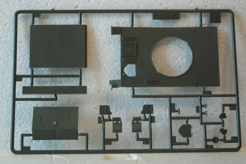 AMX 13 DCA - (Réf. L783) 1/35  127613AMX13DCA783019Heller135