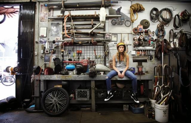Les garages, les pièces mécaniques d'ici et d'ailleur.... 134089cafra