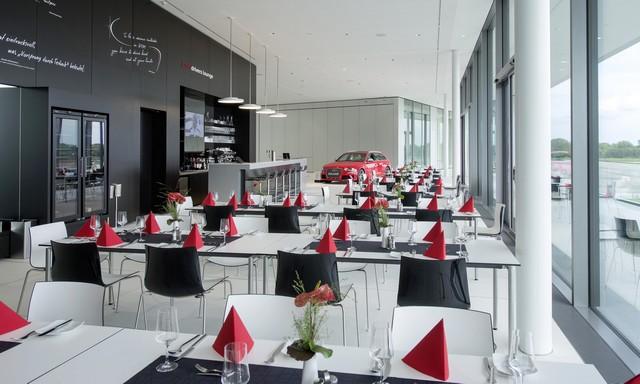 AUDI AG inaugure un complexe high-tech à Neubourg 136291AU140604large