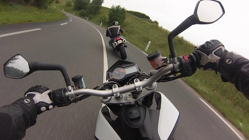 Moto, airsoft et photo.... 3 passions réuni en 1 poste 13702892010250584623556538b
