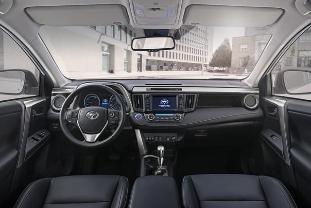 Nouveau Toyota RAV4 Hybride 137485RAV4Hybrid51Sept2015