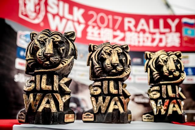 Peugeot Triomphe Pour La Deuxième Année Consécutive Sur Le Silk Way Rally 139494597253daa3ea3