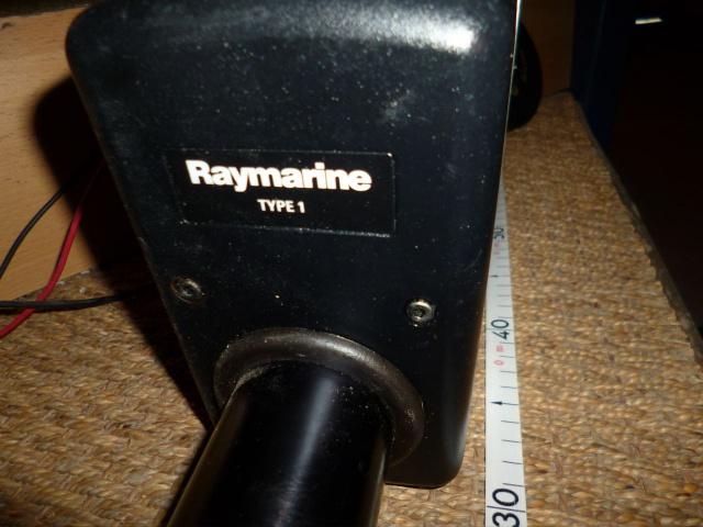 PA : à vendre pilote auto Raymarine 141348P1020612