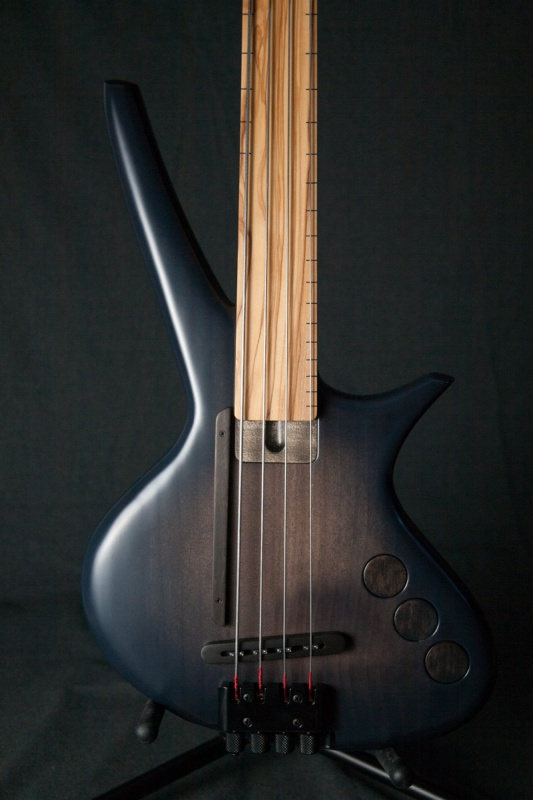 [LUTHIER] CG Lutherie - Page 2 141964IMG9058