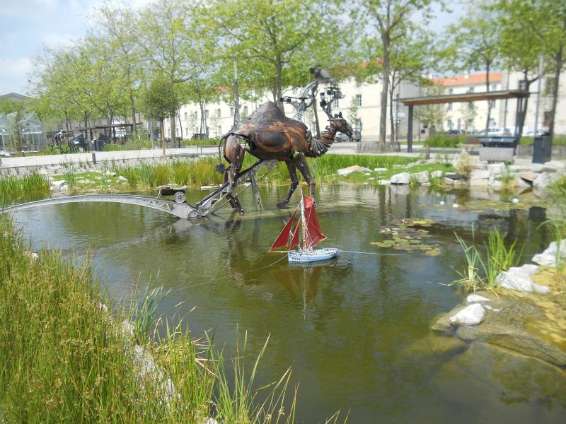 démo de maquettes navigantes sur la place Napoléon à la Roche S/Yon le 31 Mai et le 1er Juin 145830DSCN4052