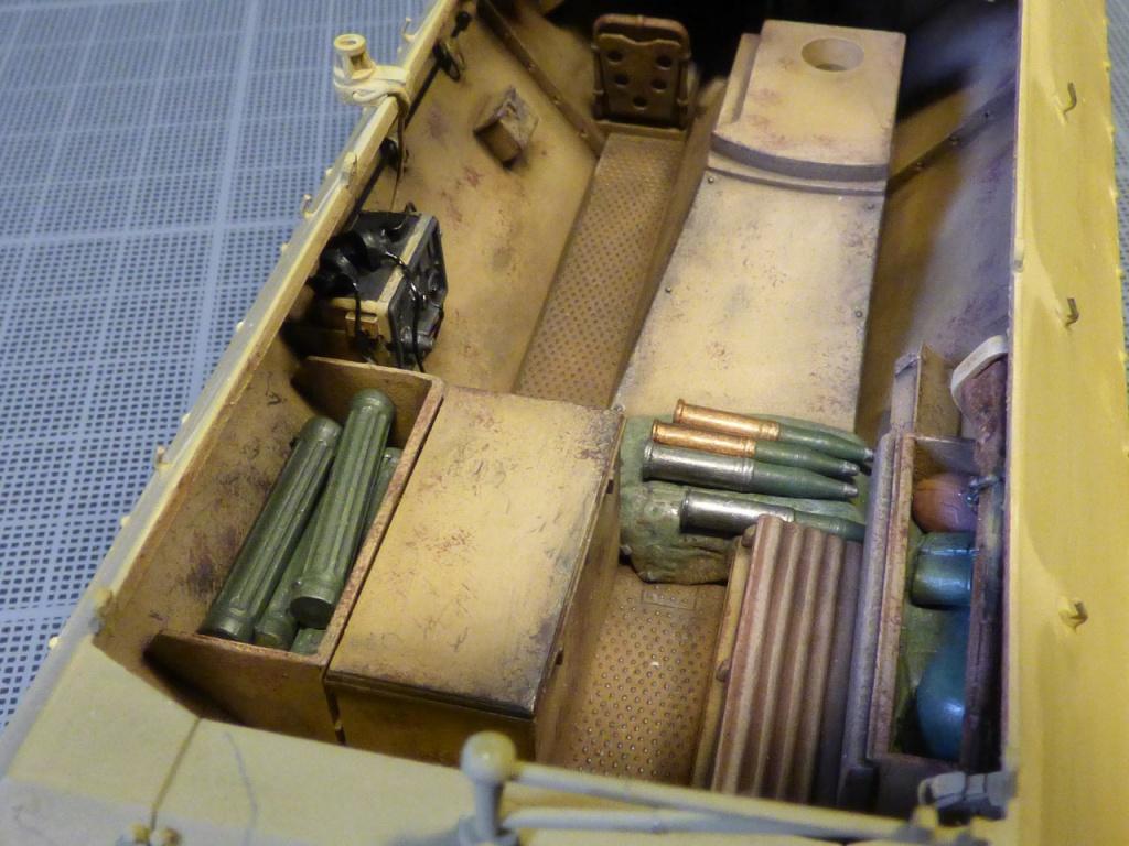 sdkfz - SdkFz 251 / 9  Tamiya / AFV 148580P1050986Copier
