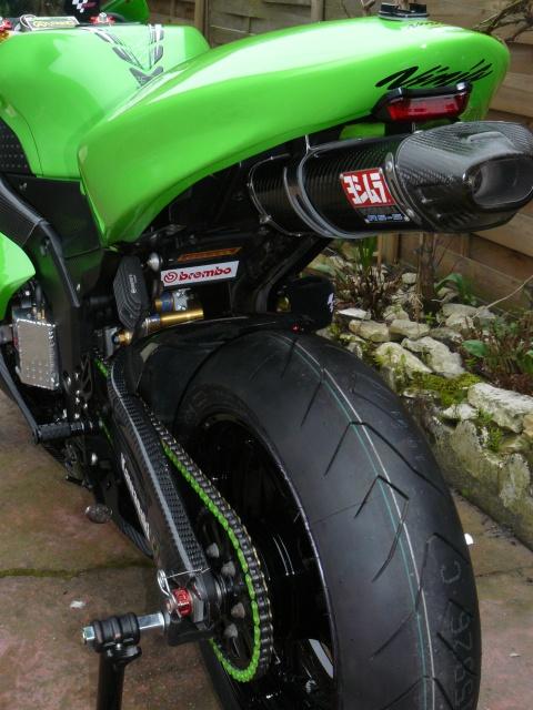 Kawasaki ZX6R - Page 2 149262413169P1160776