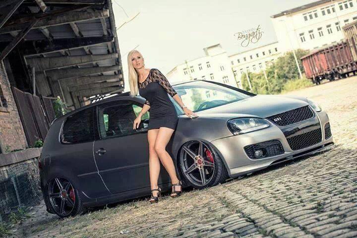 Volkswagen et ses donzelles ... - Page 36 1494141384193623035541087643262614178n