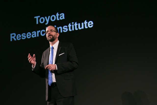Toyota va créer un institut de recherche et développement dédié à l'intelligence artificielle 152398201511060109