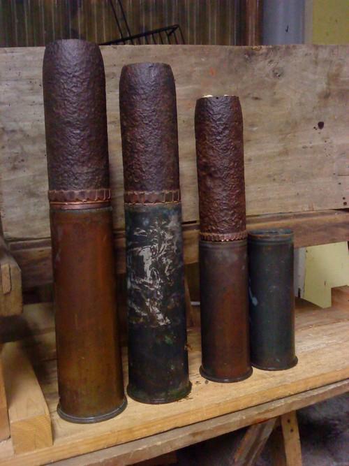 Restaurations d'obus et recherches. 155789DSC01741