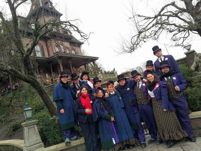 Les Ambassadeurs de Disneyland Paris  - Page 37 1558652623092113523003582079391640252820719081796n