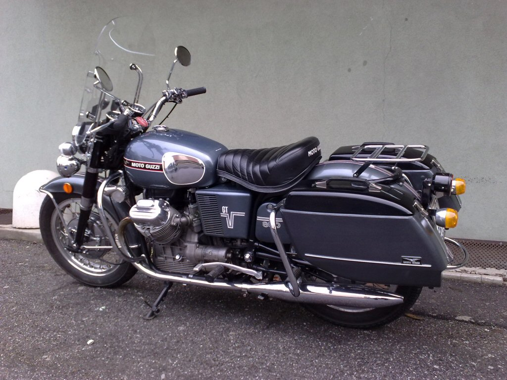 Moto-Guzzi V7 Ambassador 156275saddlebagsoriginalpr5