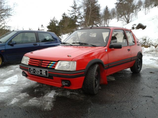 [AutoRétro-63]  205 GTI 1L9 - 1900cc rouge vallelunga - 1990 - Page 8 15740020140209172423