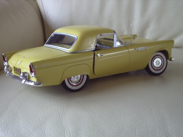 ford thunderbird 1955 au 1/16 de chez amt  1598172935