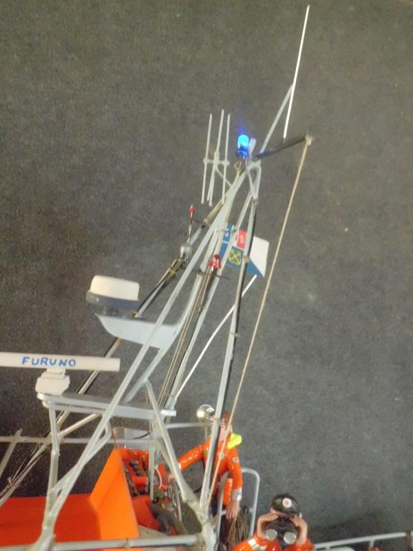 POURQUOI PAS II canot 17.60m SNSM Saint-Malo sur plan au 1/20° - Page 8 163510CIMG3450