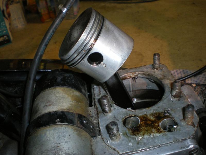 Débris dans dans pompe à huile C11 167776IMGP1381
