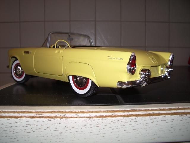 ford thunderbird 1955 au 1/16 de chez amt  1706477523
