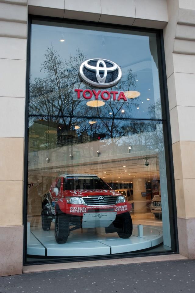 La légende des 4x4 au Rendez-Vous Toyota 170966LRVT4X4201520