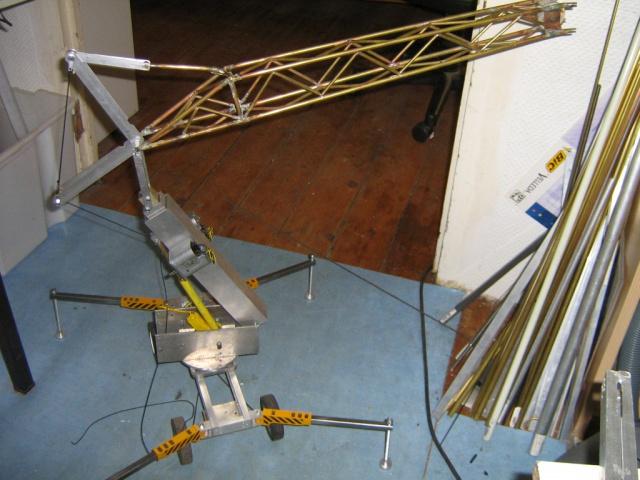 Grue auto portée télescopique à flèche à GIB électro hydraulique, en base Liebherr 1100 173013IMG2933