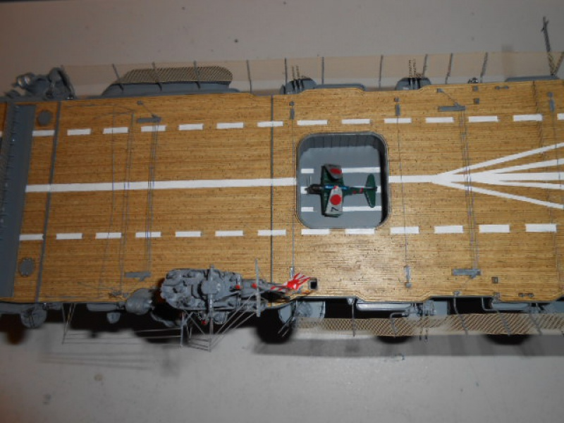PA AKAGI 1/350 de chez Hasegawa PE + pont en bois par Lionel45 - Page 6 173246Aka017