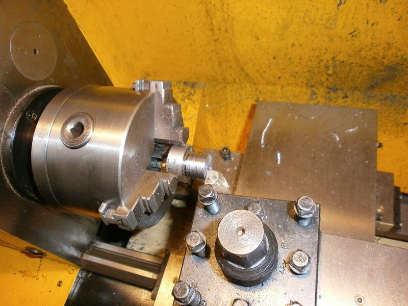 """Fabrication d'un """"bouchon"""" pour mon bac à copeaux pour récupérer le fuide de coupe 174722PB100029"""