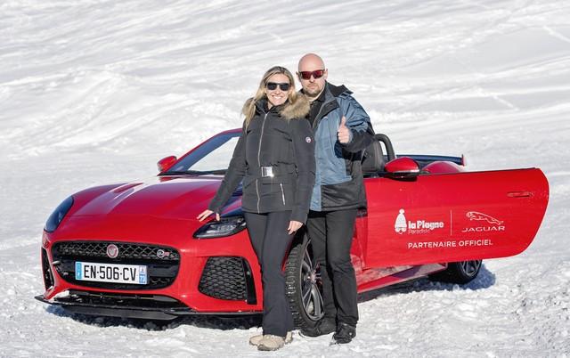 Alix Bénézech Coachée Par Anthony Beltoise inaugure la Jaguar Fun Zone à la Plagne A Bord De La Jaguar E-PACE Et La F-TYPE SVR 177509portraitvoici