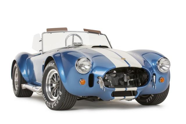 Shelby Cobra 427 : Édition spéciale pour le 50ème anniversaire 18500950th427CobraGuardsman