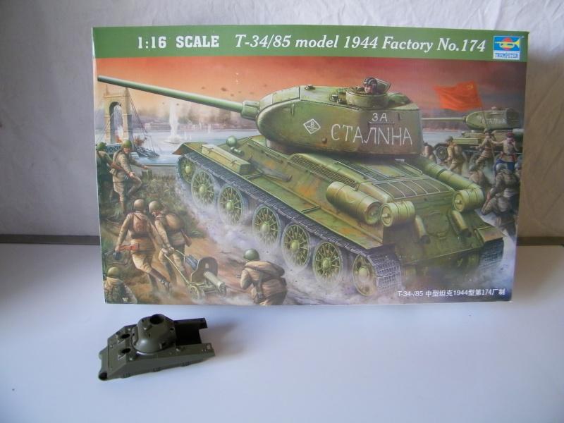 T34/85 modele 1944 Trumpeter 1/16e 1860071003101