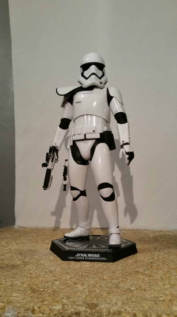Hot Toys Star Wars First Order : Stormtrooper Squad Leader 191484201512201507561