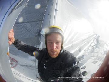 L'Everest des Mers le Vendée Globe 2016 - Page 8 1924353conradcolmansplashwelcomebackfromthemastwithoutsoundingtoomor360360