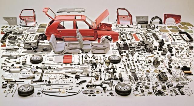 Volkswagen Group France lance officiellement les Classic Parts ! 194528ZerlegterGolfHighResjpg