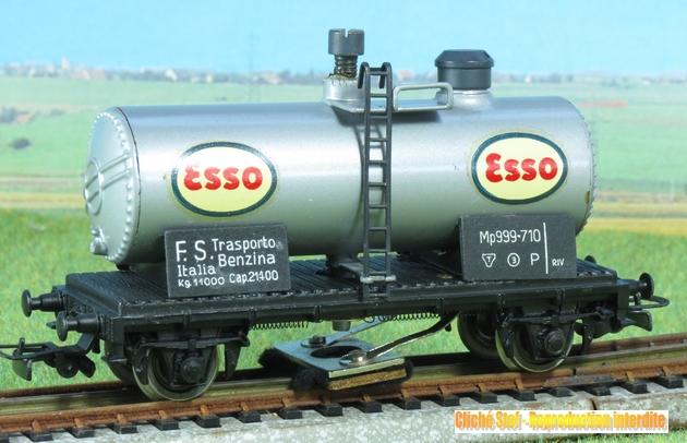 Les fabrications Pocher devenues Rivarossi 194617PocherRivarossinettoyeurEssosIMG3249