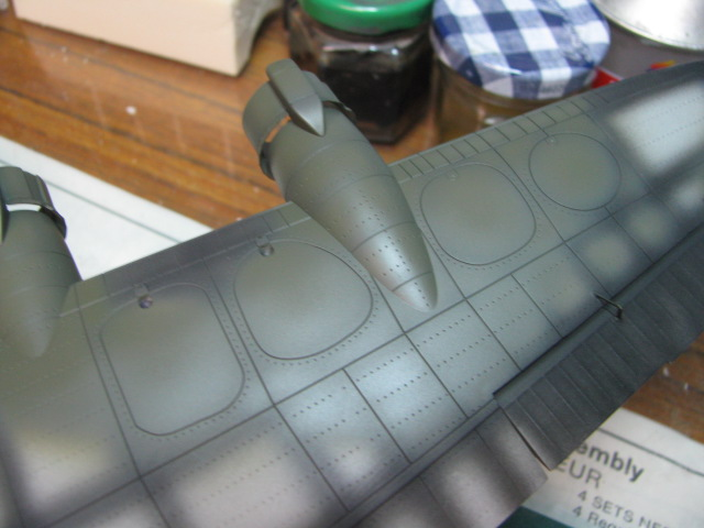 Short Stirling BF-513 75 Sqn, 1/72 Italeri: Commémoration 08 mai 2015....Terminé! - Page 5 195055IMG4625