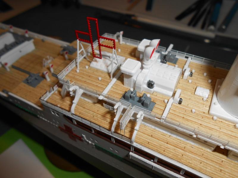 Hikawa Maru hopital 1/350 PE/pont en bois et babioles  - Page 7 198079DSCN5978