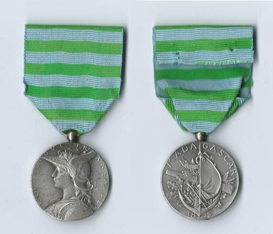 Médaille Commémo 2e Expédition MADAGASCAR 1895 200523madagascar1