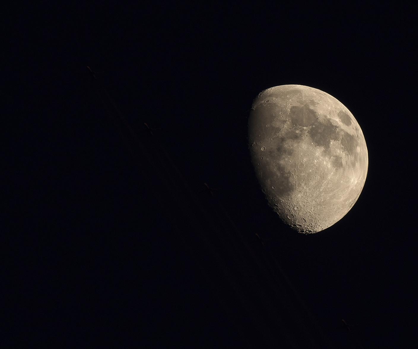 La Lune - Page 6 201626LuneAvionMN
