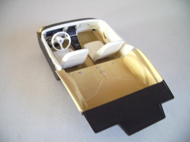 chevrolet corvette 25 th anniversary de 1978 au 1/16 - Page 2 203783IMGP8842