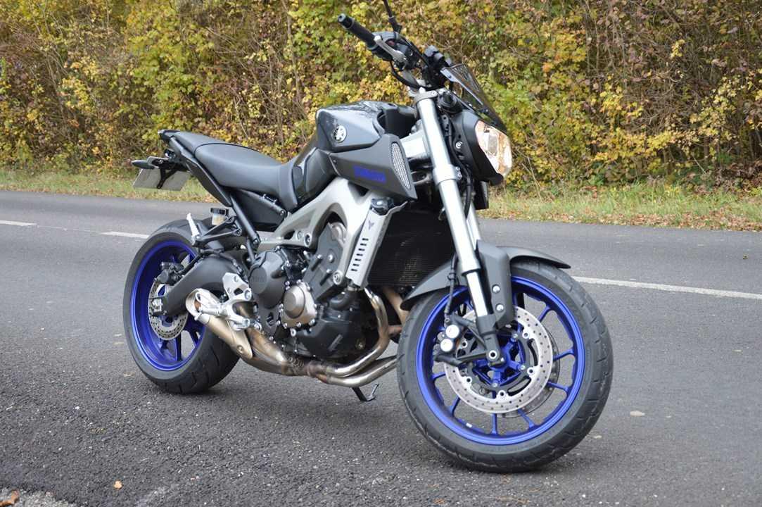 Photos de toutes les Yamaha MT-09 du forum ! :) 208919YyMatt608b