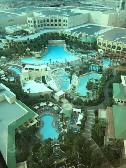 TRIP REPORT : 10 jours dans l'Ouest ~ {MAJ 22/03} de Los Angeles a Las Vegas, du Grand Canyon à la Death valley et Universal à Disneyland Resort  209385image488