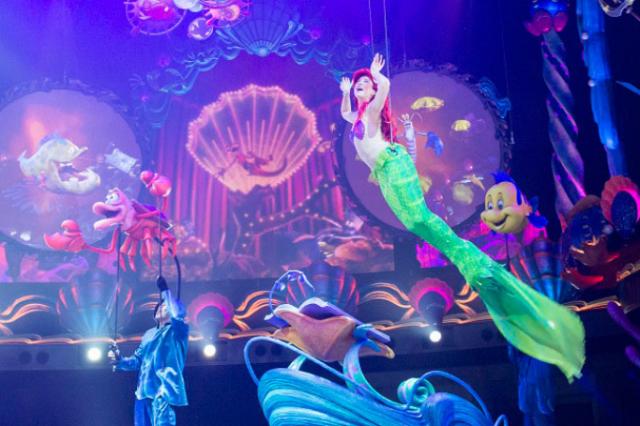 [Tokyo DisneySea] Nouveau spectacle : King Triton's Concert (24 avril 2015) - Page 2 210425lm3