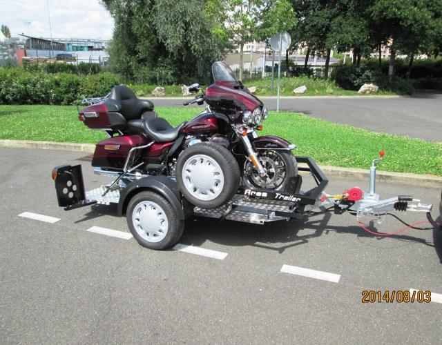Construction d'une remorque pour moto ( à votre avis...) 210480IMG0411