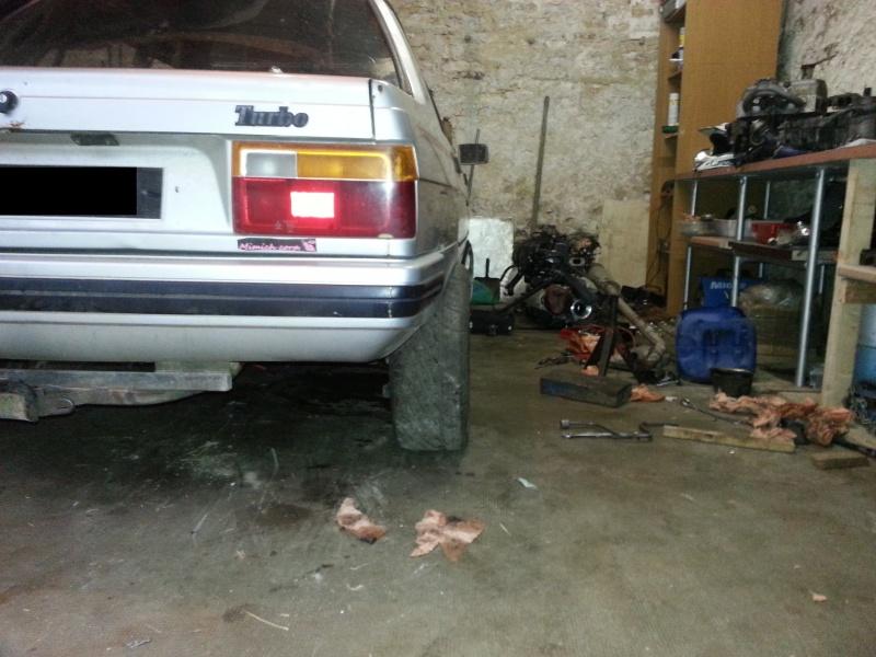 Mimich et sa R9 Turbo (du moins ce qu'il en reste) 21256520120804205712