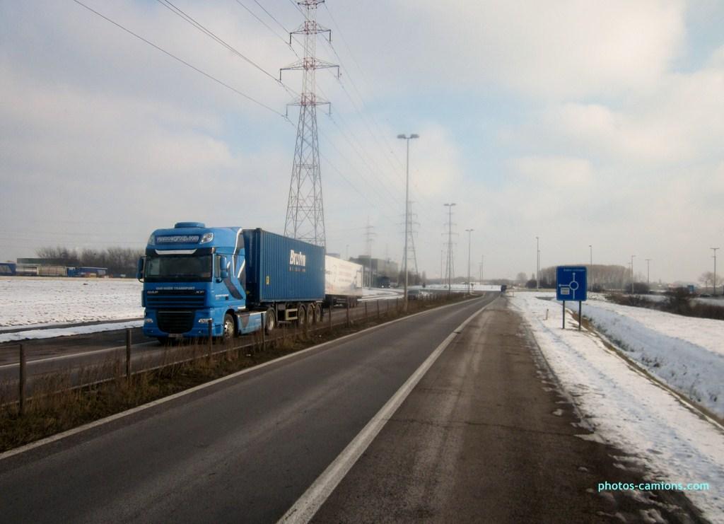 Van Moer Transport  (Zwijndrecht) - Page 3 216849photoscamions25I2013184Copier