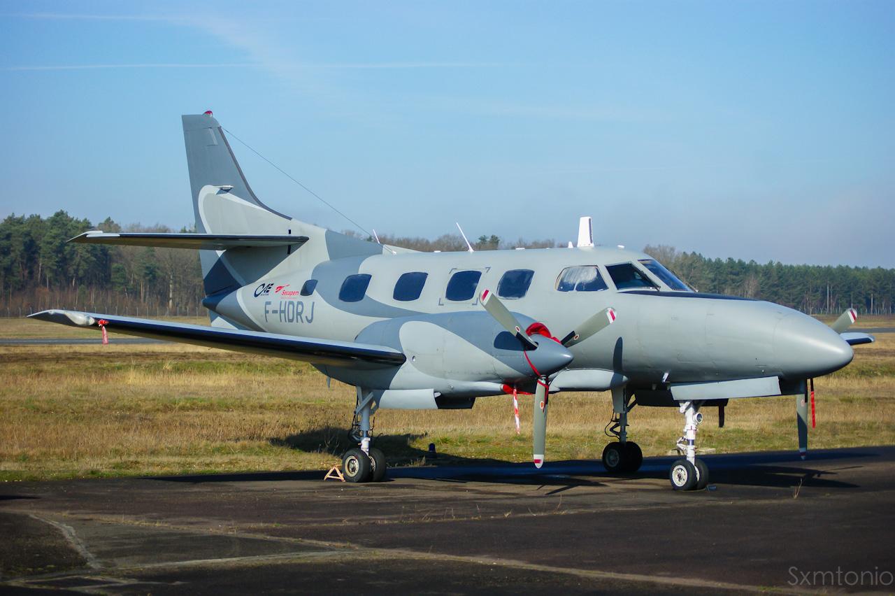 Aerodrome d'Auxerre-Branches LFLA-AUF 21846002032014DSC04391