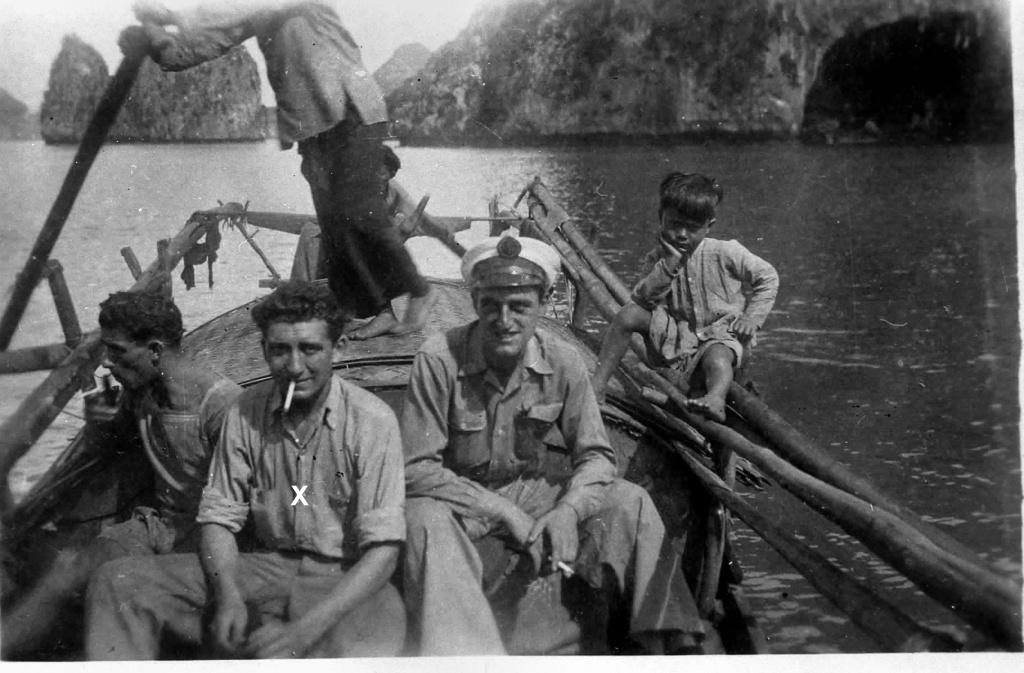 [ Aéronavale divers ] [ 1945-1950 L'histoire des grands oiseaux blancs à tête de loup noir en Indochine 2193661947BaiedAlong