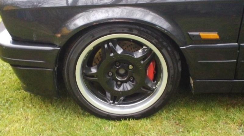 BMW 318 is E30 : the black track machine ... - Page 6 222493DSC00036
