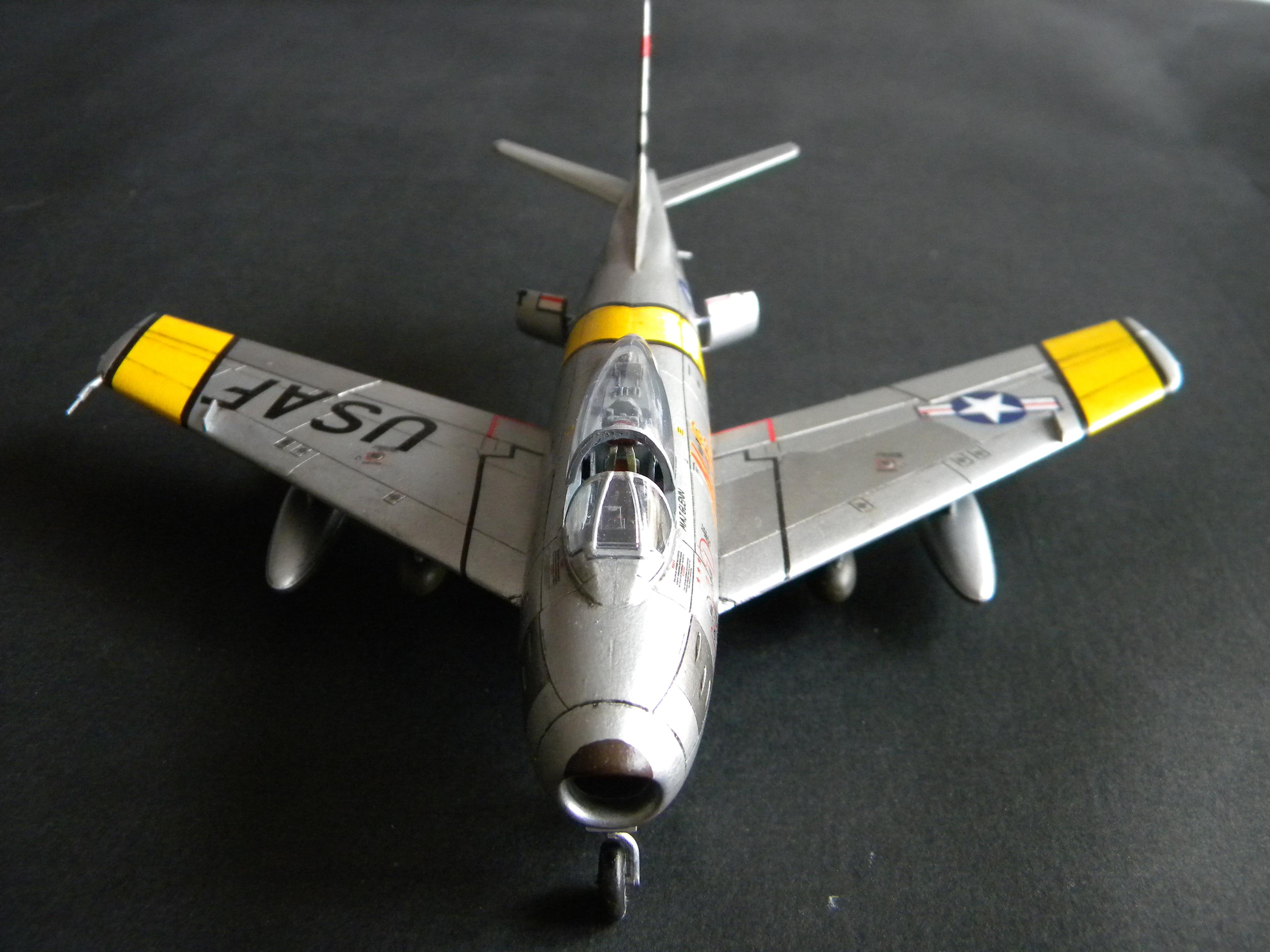 "[Airfix] F-86F Maj. John Glenn ""Mig Mad Marine"" 222852DSCN9688"